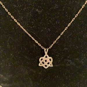 Jewelry - 🍀Sterling Silver Celtic Knot Necklace🍀
